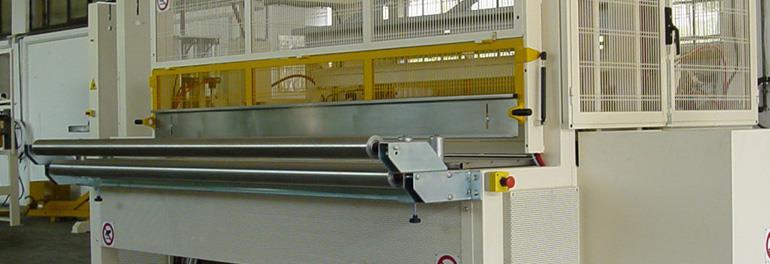 Máquina soldadora ( testa/testa o flush) de materiales termofusibles.