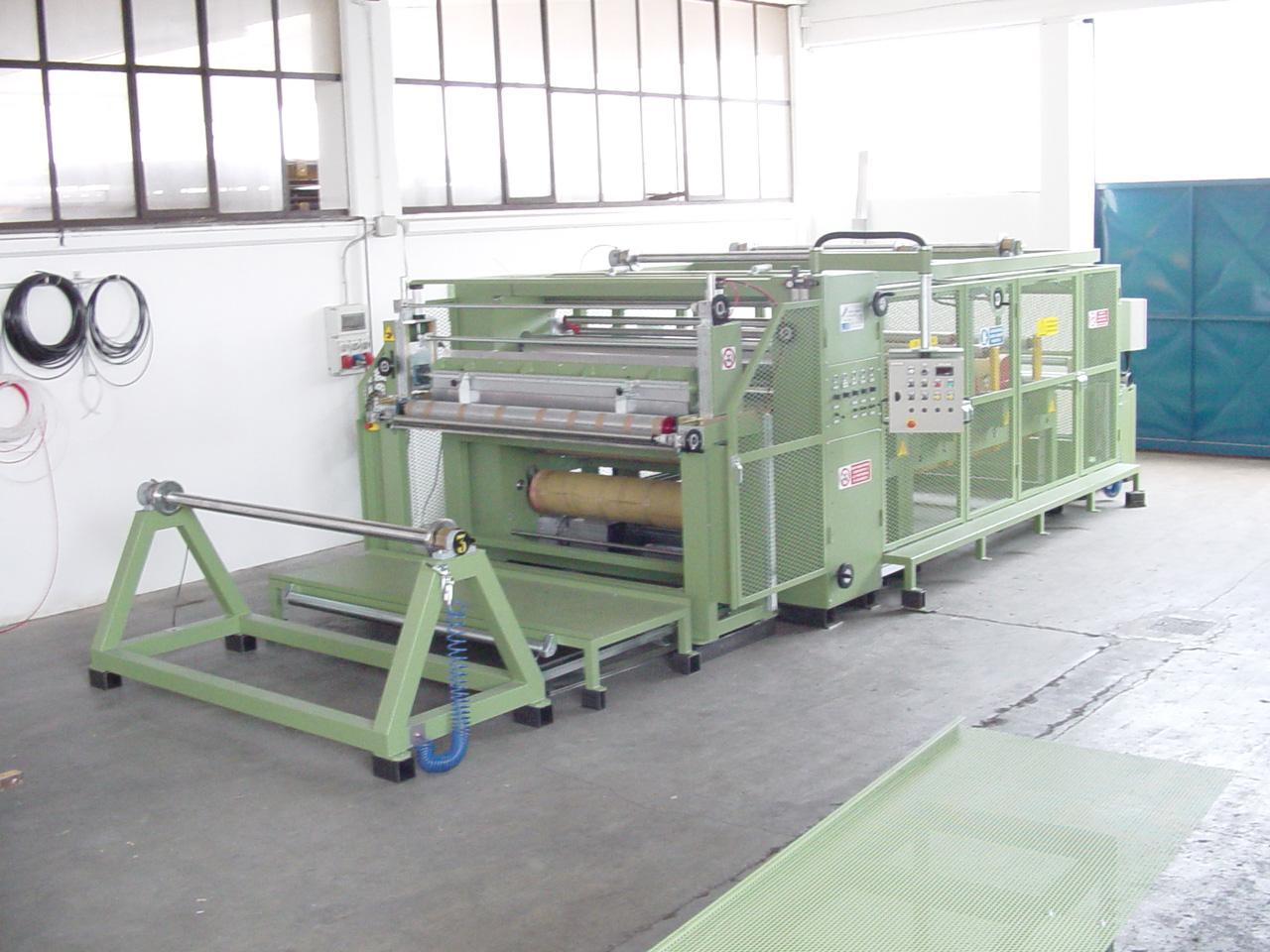 Máquina para revestimiento de resina y laminación del producto